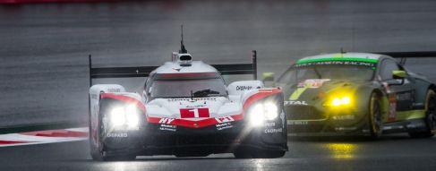 6H Fuji Essais Libres 1 : Porsche sous la pluie