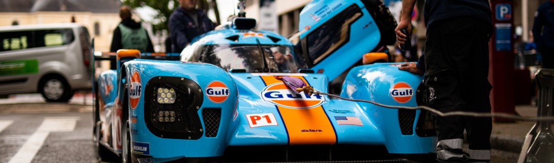 Picture postcard from Le Mans Scrutineering