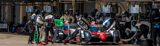 What happens in WEC pitstops?