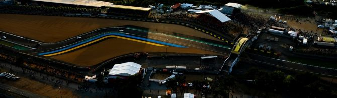 Picture postcard from 24 Hours of Le Mans (50 photos)